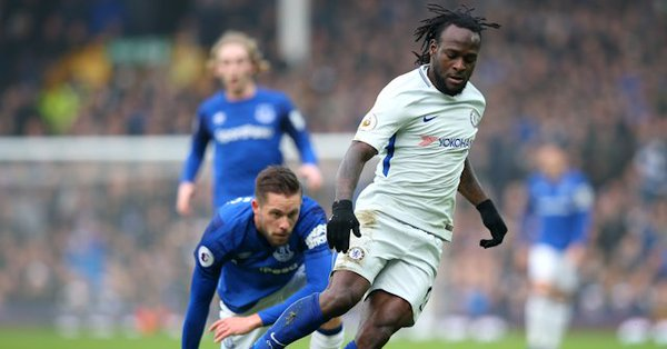 Moses Chelsea frustrated at Goodison Park