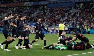 Croatia beat Russia on penalties to reach semis