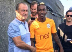 Everton get €800,000 for Henry Onyekuru loan move