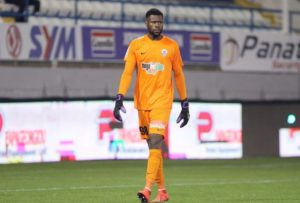 Rohr Expresses Concern Over Uzoho's Position As Super Eagles First Choice Goalkeeper