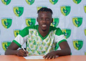 Former Shooting Stars Striker Sunday Adetunji Joins Plateau United